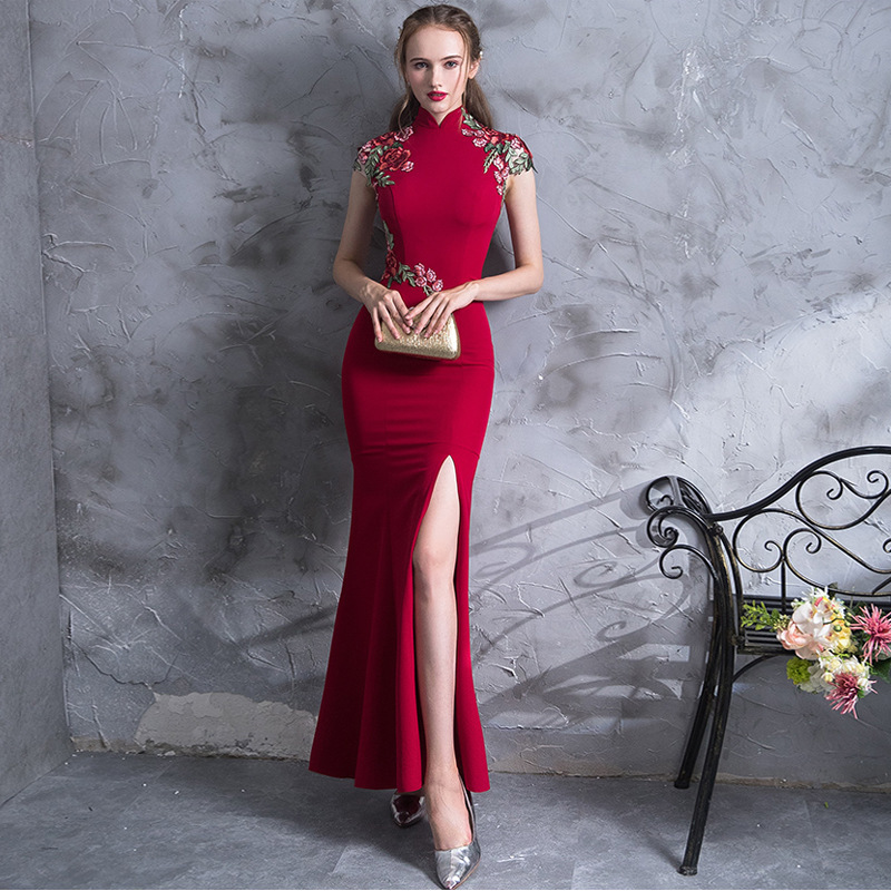 High Quality Embroidery Modern Cheongsam Red Sexy Qipao Long Traditional Chinese Dress Oriental Style Dresses Vestido