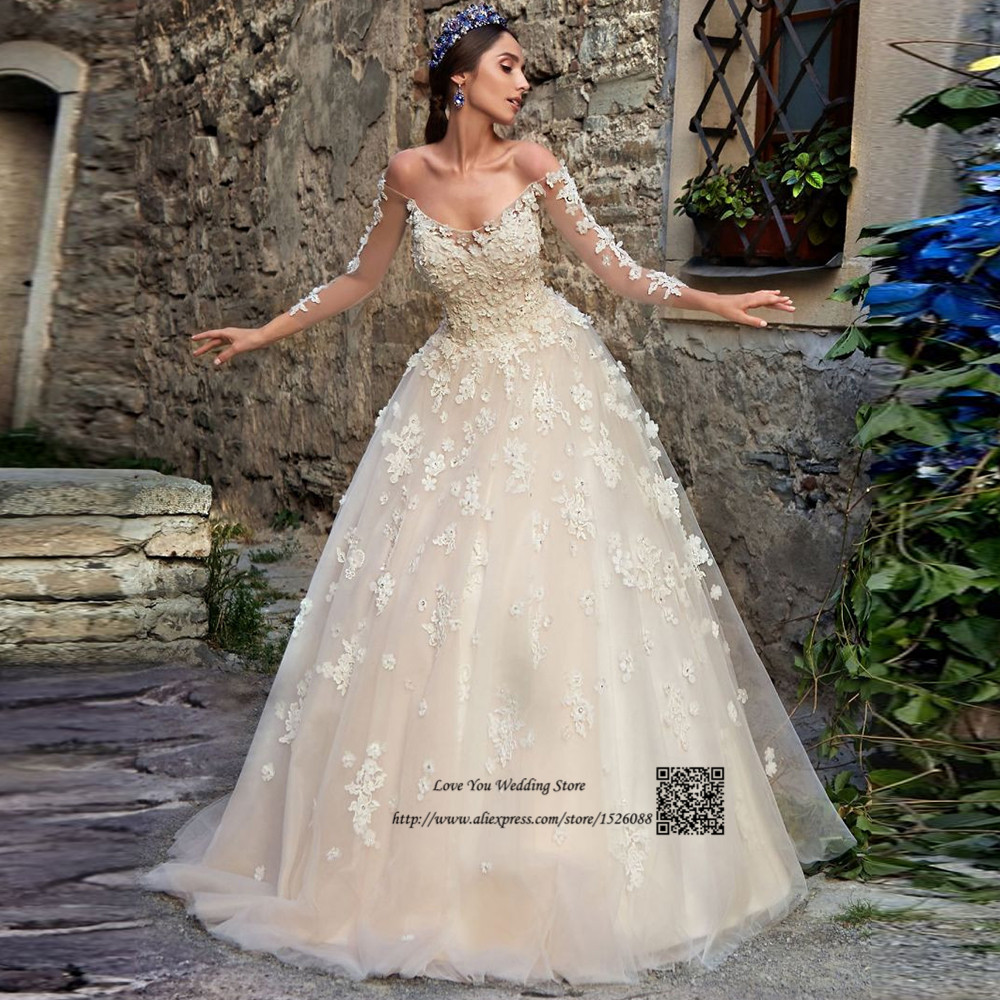 Champagne Vintage Wedding Dresses: Champagne Vintage Wedding Dress Lace Flowers Crystals Long
