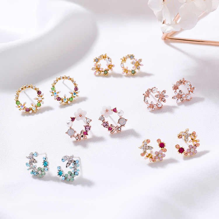 MENGJIQIAO 2018 Korean New Colorful Rhinestone Wreath Stud Earrings For Women Sweet Flower Shell Small Cirlce Brincos Gift