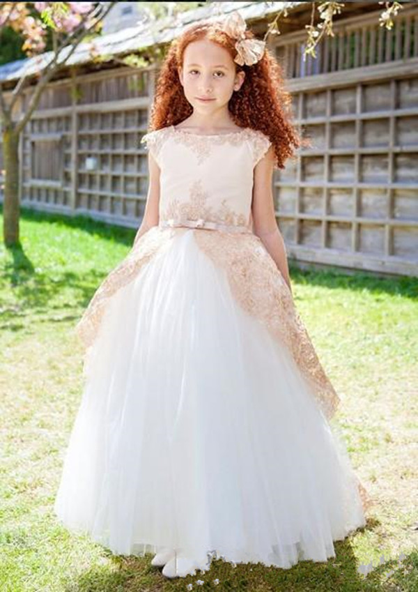 Vintage A-line   Flower     Girl     Dress   with Champagne Lace Appliques V-Back Bow Custom Made Pageant Gowns New Coming Kids Party Gowns