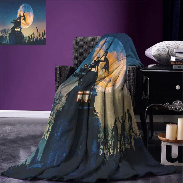 Fantasy World Throw Dead Queen in Castle Zombies in Cemetery Love Affair Bridal Halloween Theme Warm Microfiber Blanket