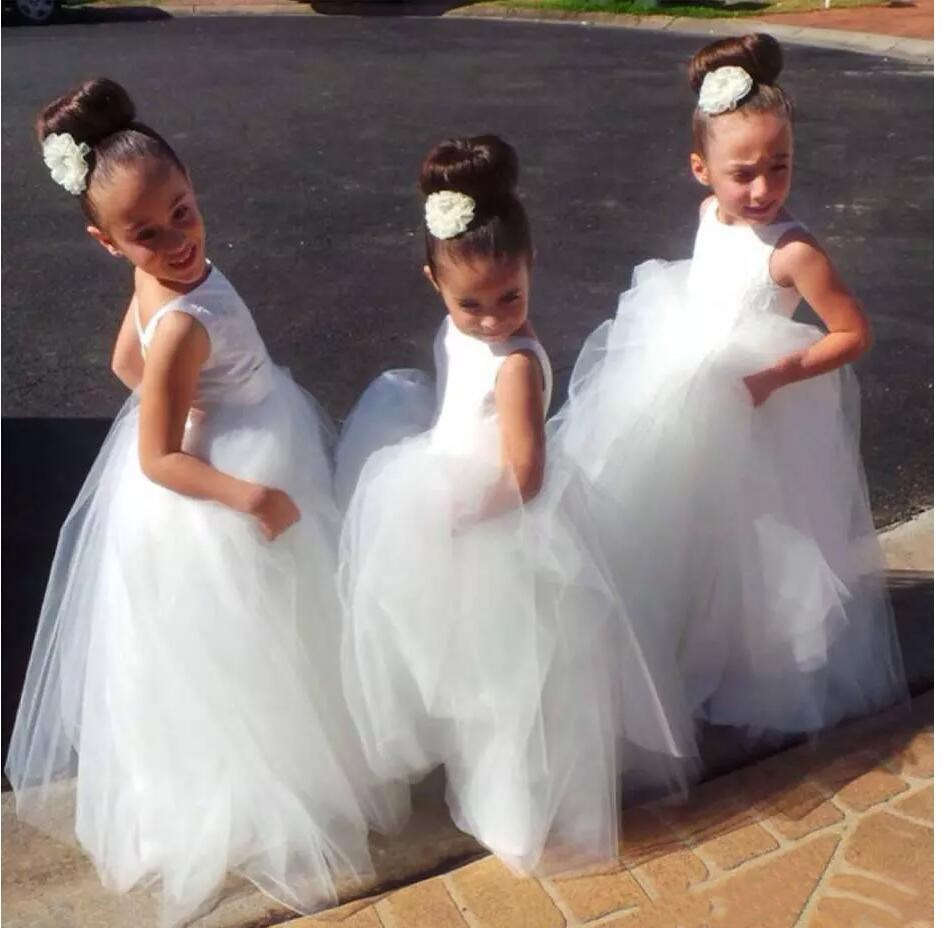 2016 Simple White Ivory Tulle Flower Girl Dress with Spaghetti Straps Pageant Dresses Sequined First Communion Dresses for Girl new white ivory nice spaghetti straps sequined knee length a line flower girl dress beautiful square collar birthday party gowns