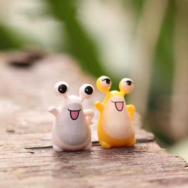 2 stücke Mini Frösche Micro Fee Garten Topf Miniaturen Decration Anime Figur/Terrarien Puppenhaus Figuren Spielzeug DIY Zubehör