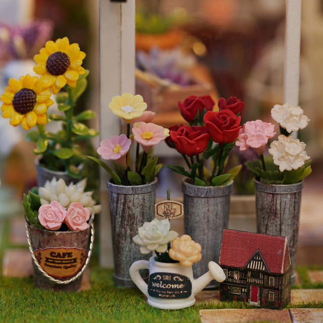 Country Style DIY Wooden Doll House Kit