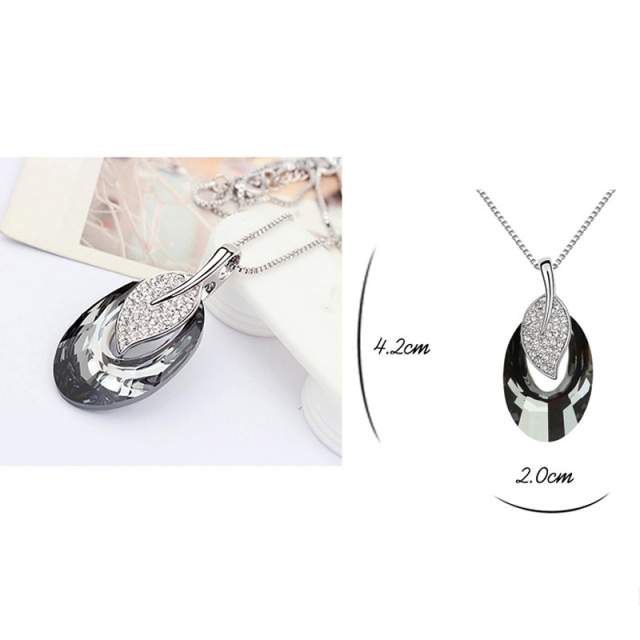 Austria Crystal Leaf Pendant Necklace Female Luxury Brand Jewelry Women Necklaces Sautoir Fine Bijoux Wholesale Accessories