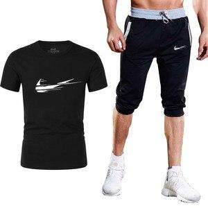 رياضية الذكور 2019 الرجال الملابس مجموعة اللياقة البدنية رياضية الصيف عارضة الرجال السراويل + T قميص الرجال دعوى 2 قطعة مجموعات زائد حجم 2XL