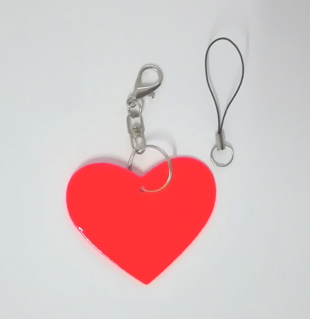 Heart model reflective pendant reflective keychain for visible safety dangled on bag mobile phone clothing free