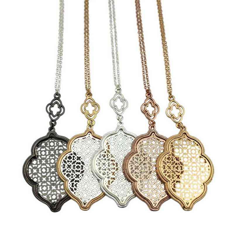Hot Sale Hollow Teardrop Cut Off Gold Filigree Quatrefoil Statement Necklaces Long Chain Pendant Necklace For Women Jewelry