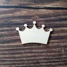 50pcs 5x3.3cm Unfinished Wood Shape Crown Laser Cutout Wooden Craft Shapes  for Decoration Decoupage 28aac658512b