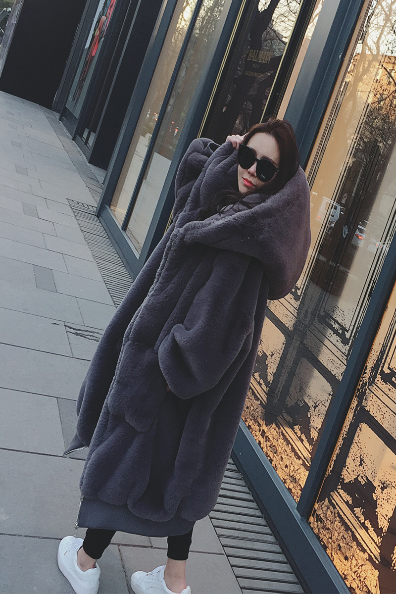 Faux fur coat female imitation rabbit fur coat long hooded loose 2018 autumn and winter new plush coat female in Faux Fur from Women 39 s Clothing