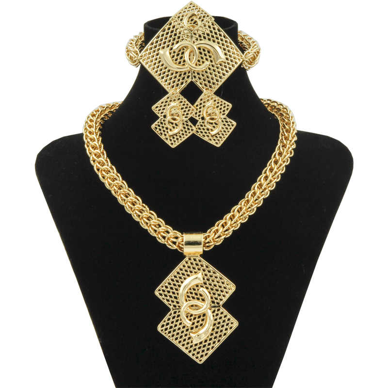 Wholesale Luxury Nigerian Women Wedding Jewelry Sets Big Chunky Necklace Earrings Bridal Dubai Gold African Beads Jewelry Set