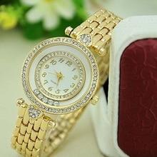 NUEVAS Mujeres Pulsera de Metal Reloj Caldi Doble Cristal Pequeños Corazones Selecciones Del Oro Reloj de Pulsera Reloj Párr Dama de Cuarzo Relojes Mujer