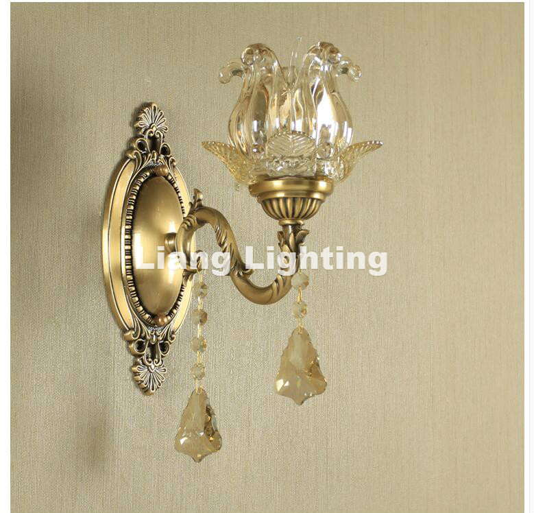 Modern Classical Antique Brass Wall Lamp E14 LED Brass Wall Sconce for Hotel With Crystal Shade Modern Crystal Wall lamp Lustre antique brass wall lamp 100