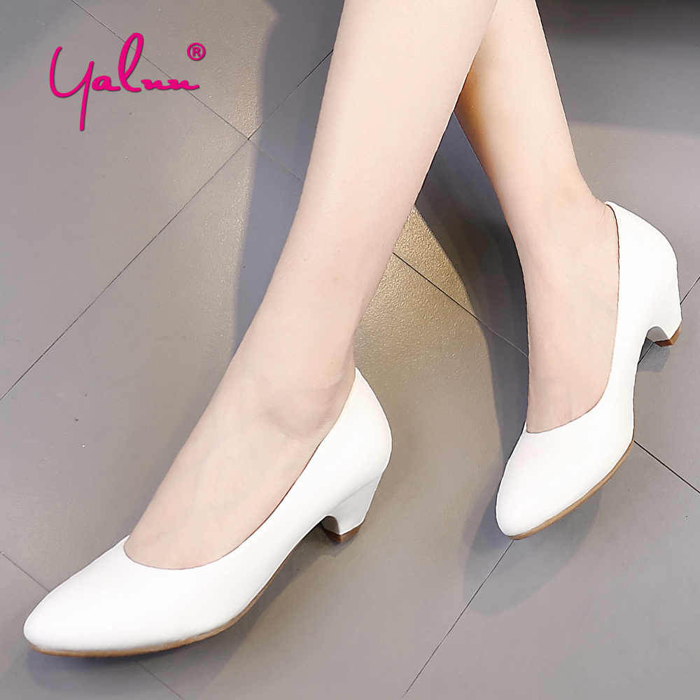 Spring Autumn Fashion Shoes Women Pointed Toe Classic Casual Pumps Plus Size Ladies Low Heel Comfortable Daily Shoes for Work OL [328] women autumn fashion shoes pu skin shallow low heeled shoes with high heel pointed shoes for ol lss 888