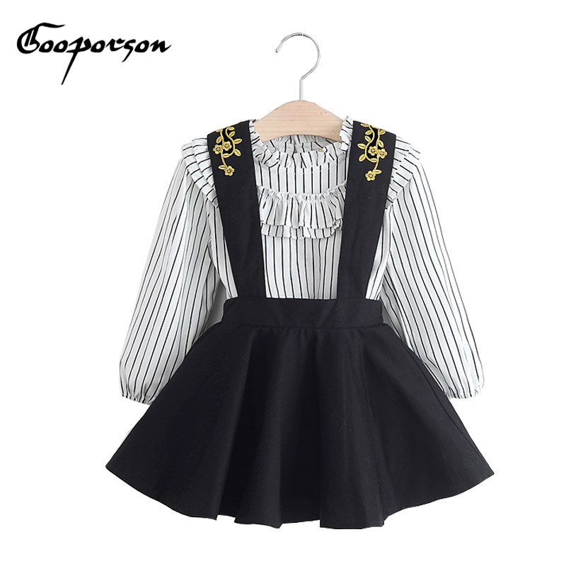 цены Girls Autumn Clothes Set New Fashion Striped Blouse Shirt +Overall Skirt Children 2 pcs Clothing Suit Lovely Sets For Kids Baby