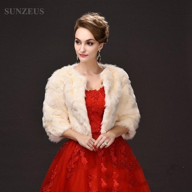 b5906b51aa777 Champagne Faux Fur Girls Party Dress Jacket Three Quarter Sleeve Bridal  Wraps Graceful Women's Winter Coat