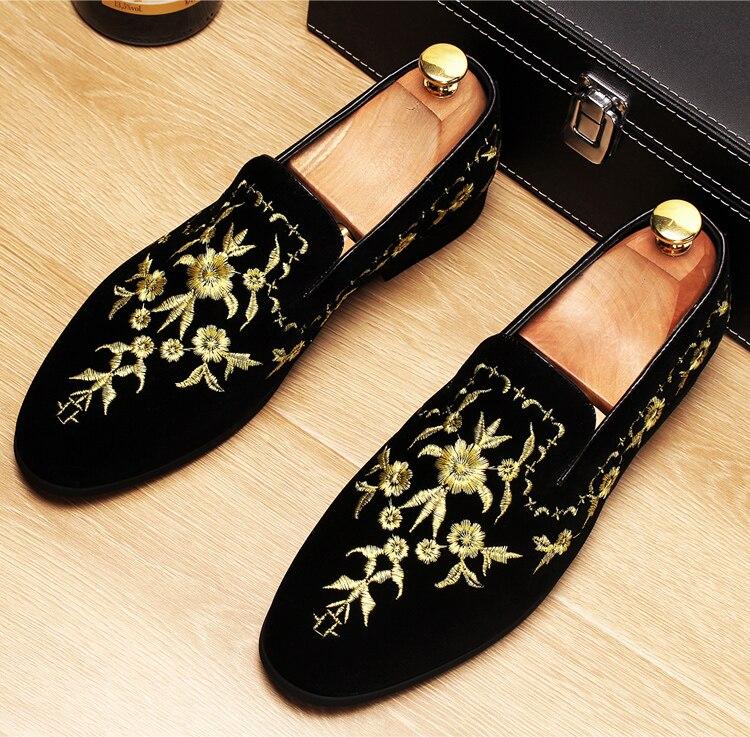 Men 2019 luxury Brand Designer shoes flock velvet Sun flower Embroidery gentleman loafers Dress Wedding driver Italian flats 2