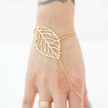 Charm Hollow Leaves Bracelet With FingerRing Slave Chain Hand Harness for Women Gold Color Pulseras Mujer Bijoux Wholesale