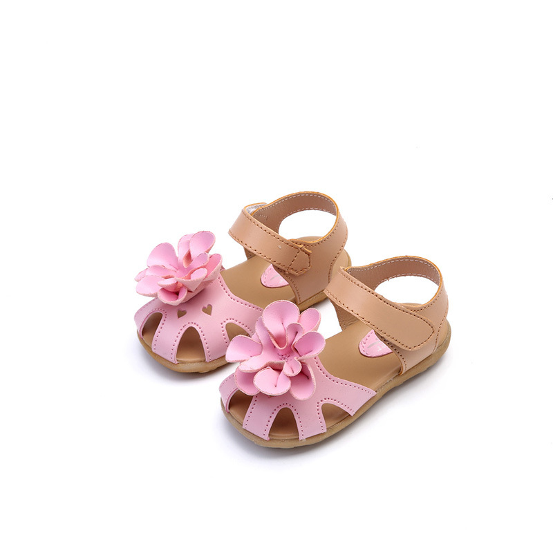 2017 new Girl Floral sandals girls kid PU leather Princess shoe Beach Fashion Summer Shoe Rubber