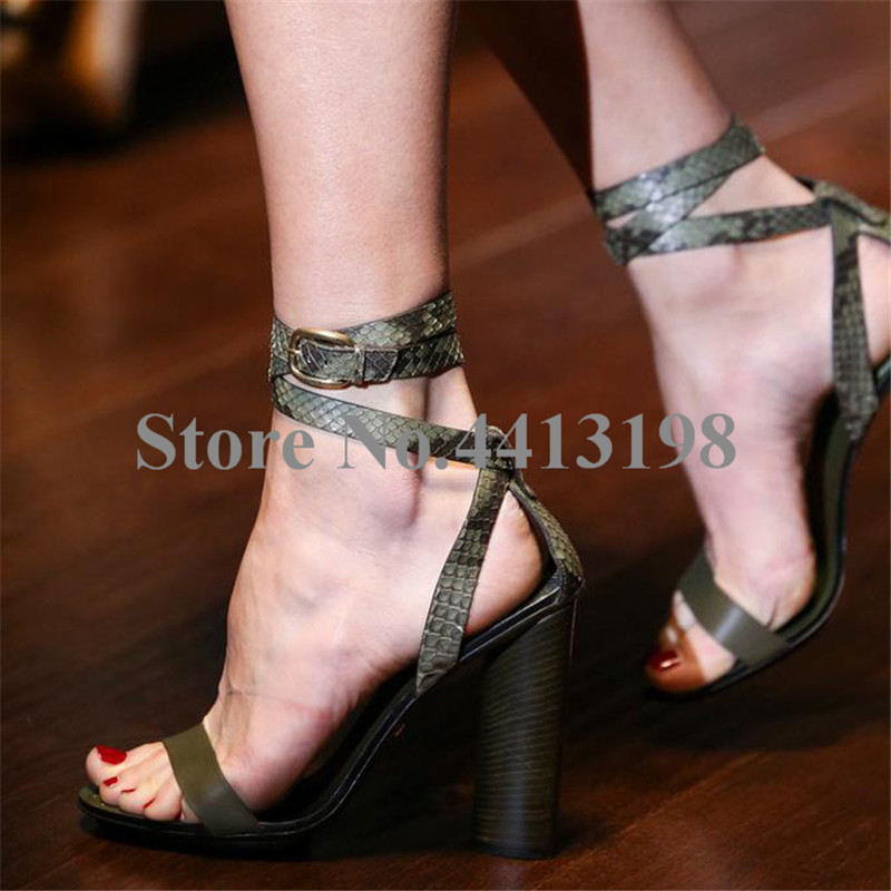 1ae701a0 As Serpiente Toe Super Redondo Casual Sandalias Mujeres Correa Alto Tacones  Peep Zapatos Cruz Rojo Hebilla Verano ...