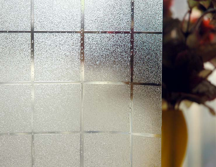 какую фотопленку наклеивают на стекле батуми только центр