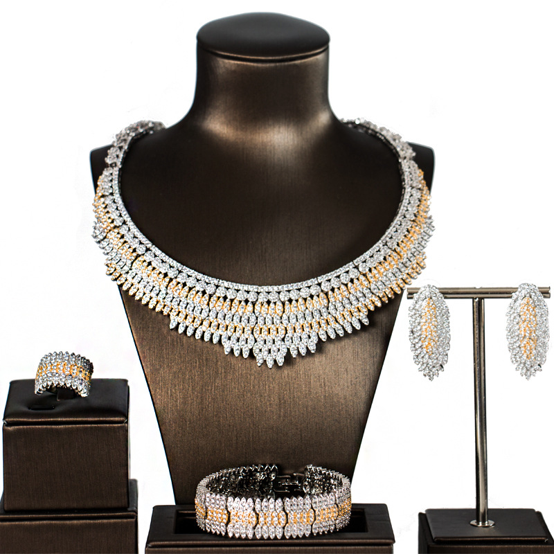 Bridal Jewelry Sets For Women Sparkling Mirco Cubic Zircon Paved By Hand , 4pcs Wedding Sets For Women