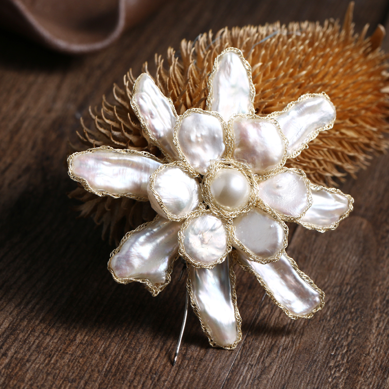 Yhpup Vintage Nature Pearl Flower Brooch For Wedding Women Statement Trendy Fashion Pin Brooch Female Accessories Corsage