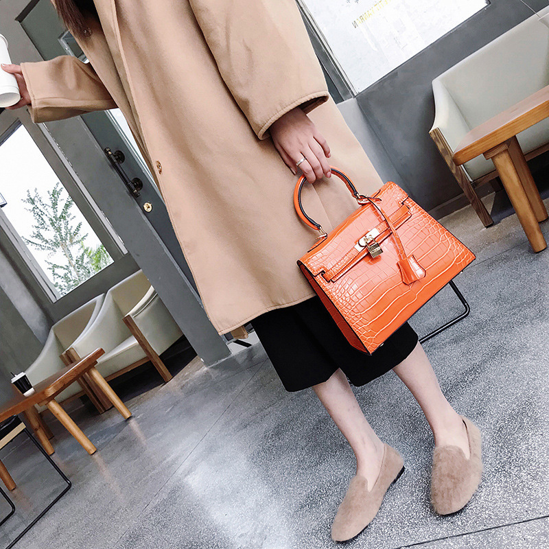 1228-k Europe and America New fashion Stone Platinum bag Women Shoulder Bag Classic 100 Leather Women's Handbag aetoo the new oil wax cow leather bags real leather bag fashion in europe and america big capacity of the bag