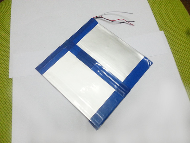 The tablet battery Original 7.4V 11000mAH Battery for Cube U9GT5 ,Vido N90FHDRK,Visture V5HD,V97HD,Play X900 Tablet PC 38160140