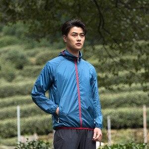 Image 3 - Xiaomi man Licht zonnebrandcrème huid jas sneldrogend Waterdicht top Outdoor zon kleding Sportkleding voor mannelijke
