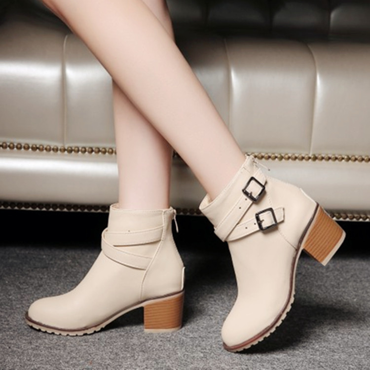 Autumn and Winter Women Boots Vintage Europe Star Fashion Women High Heels Ankle Boots Snow Short