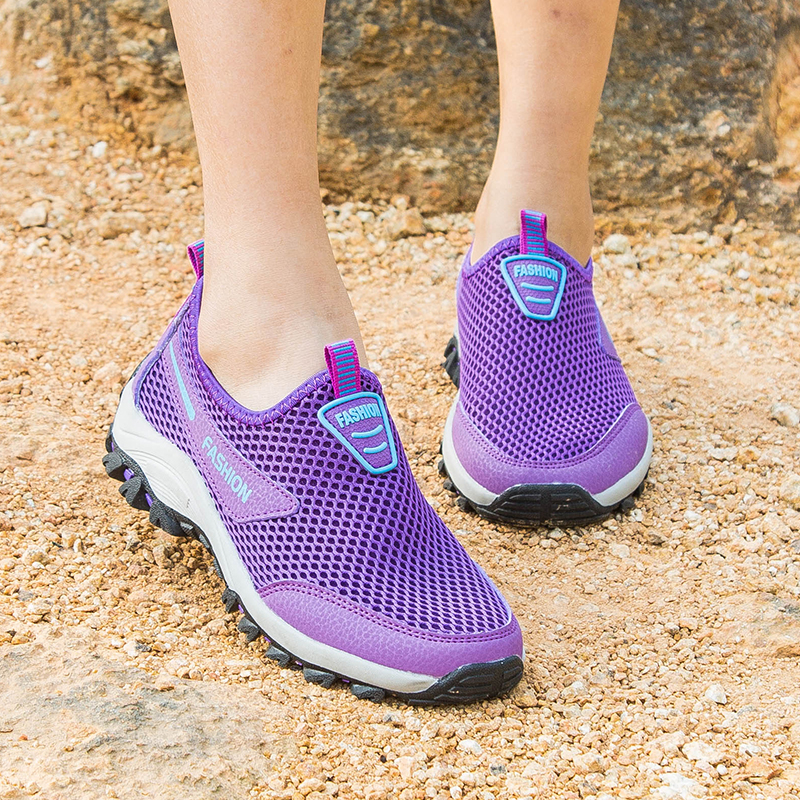 Women Light Sneakers Slip On Loafers Comfortable Vulcanized Shoes Female Casual Mesh Breathable Outdoor Non-slip Flat Shoes 2019(China)