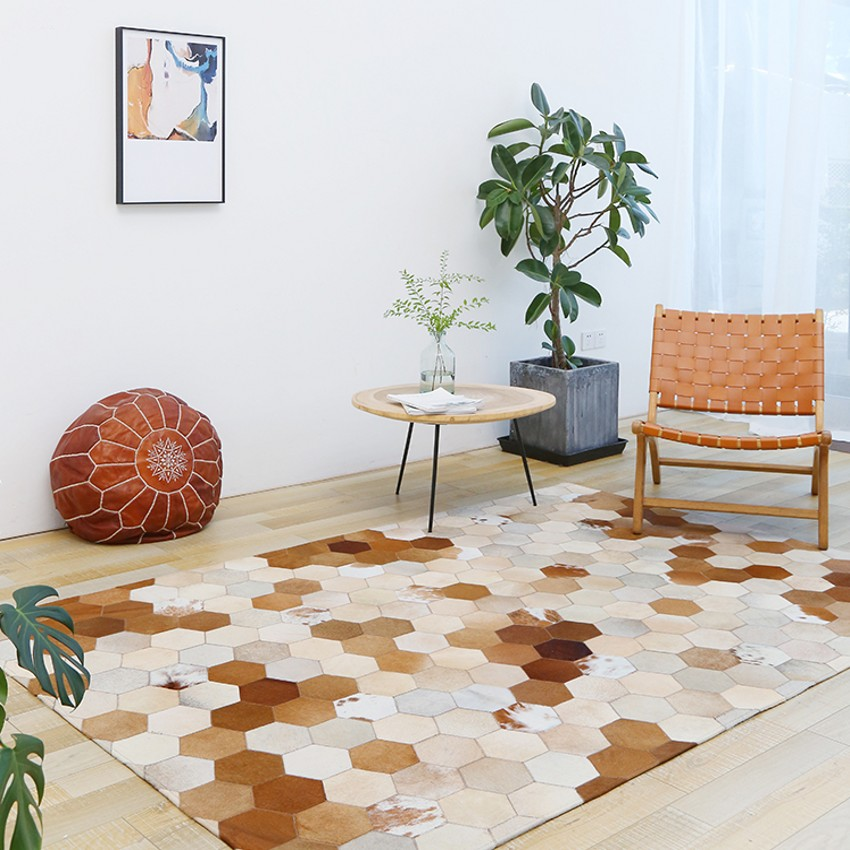 American style natural cowhide seamed patchwork rug ,  genuine cows skin diamond plaid carpet for living room, fur floor matAmerican style natural cowhide seamed patchwork rug ,  genuine cows skin diamond plaid carpet for living room, fur floor mat
