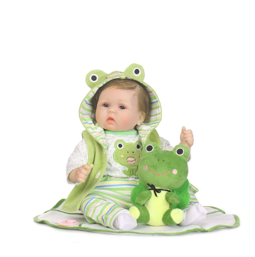 NPKCOLLECTION22inch 55cm popularTravel frog simulation newborn baby girl with cute frog plush silicone reborn baby dolls 2016 hot sale 45cm frog superme dolls pose frog doll plush toys sesame street stuffed animal plush frog 70cm frog for gift