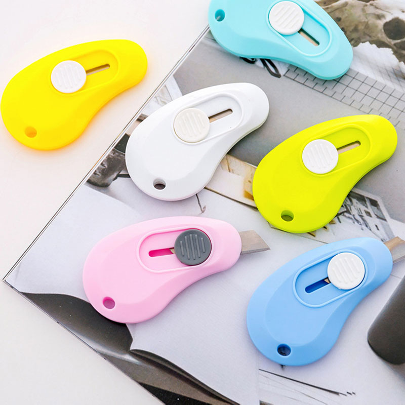 Купить с кэшбэком Small Utility Knife Candy Colors Office Stationery Mini Cutting Knifes Paper Cutter Easy to carry Tools Office School Supplies