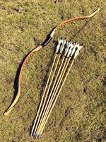 Venta Arco de caza hecho a mano 20 60 lbs estilo húngaro para caza 6 flechas