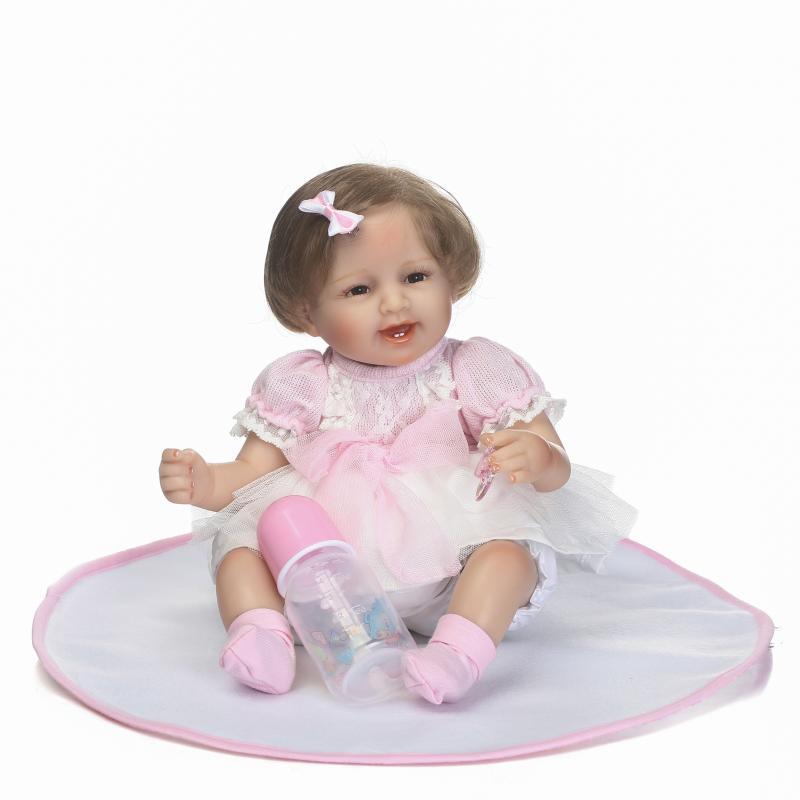 45 CM Mignon Reborn Poupées 16 Pouces Doux Nouveau-Né Bébé Filles avec Robes Jouer Maison Poupée Enfants Cadeaux D'anniversaire brinquedos