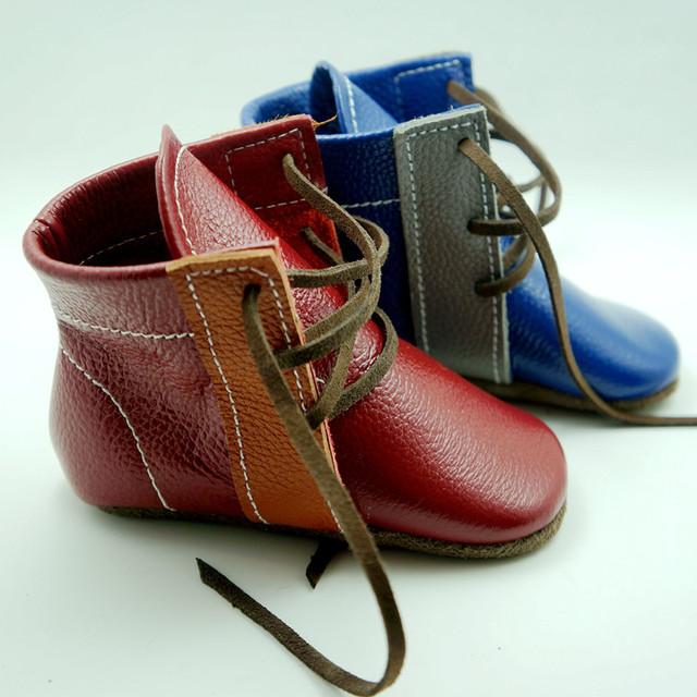Nuevo estilo de Cuero Genuino Hecha A Mano botas Primeros Caminante del bebé del zapato con cordones mocasines bebé gils Zapatos del muchacho 12.5-15.5 CM envío libre