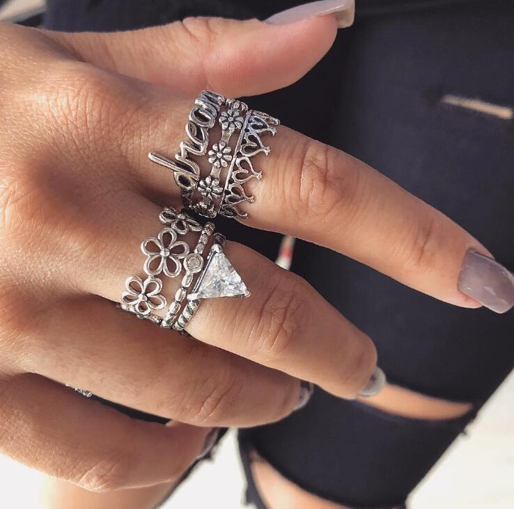 1 Set Popular Fireworks Vintage Knuckle Rings For Women Boho Geometric Flower Crystal Ring Set Bohemian Finger Jewelry Aromatic Character And Agreeable Taste