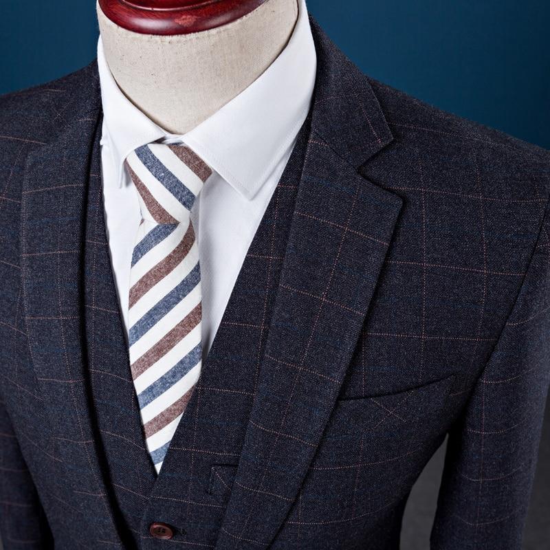 Treillis Blazer Mariage veste Gilet Costume Mode Slim Smoking Pantalon  Ensemble Bleu Imprimé De Bleu Bridalaffair Marié 2018 Pcs ... cd6887fb09b