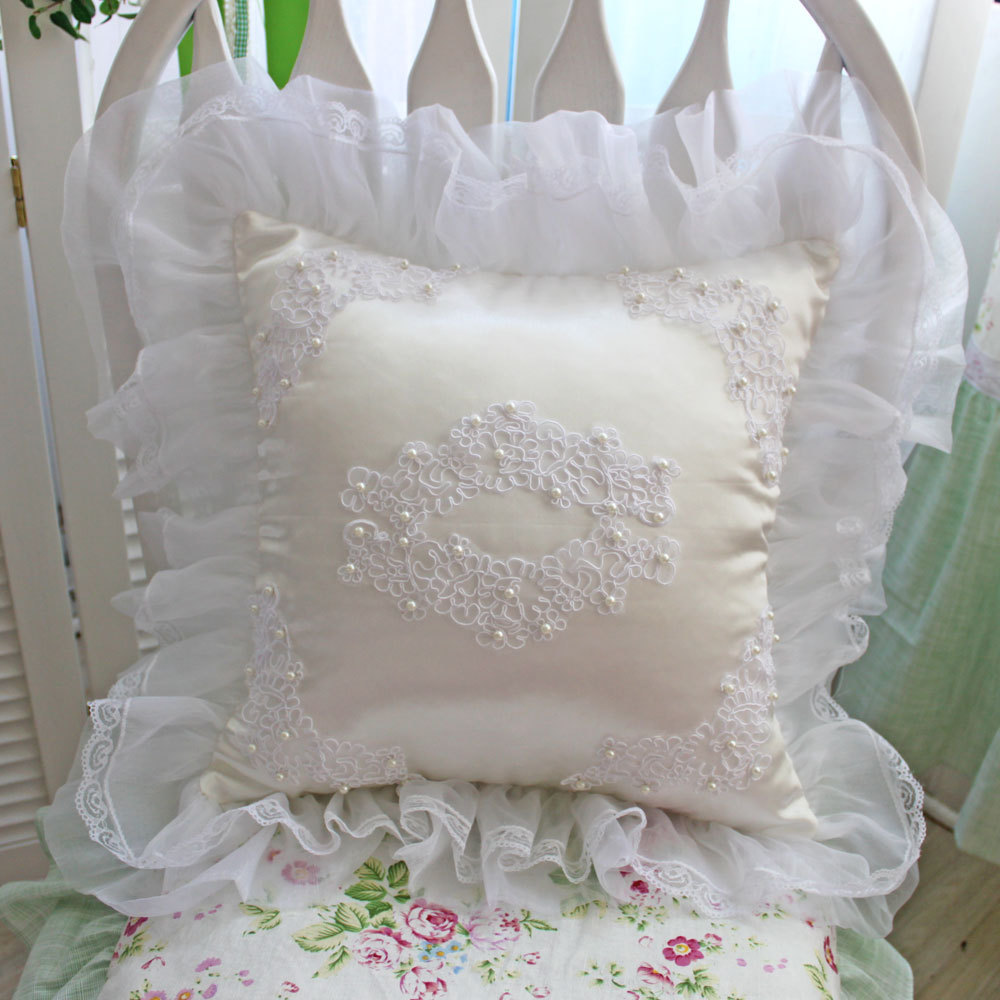 Luxury beautydream bride and groom pearl cushion pillow lace yarn lotus leaf laciness
