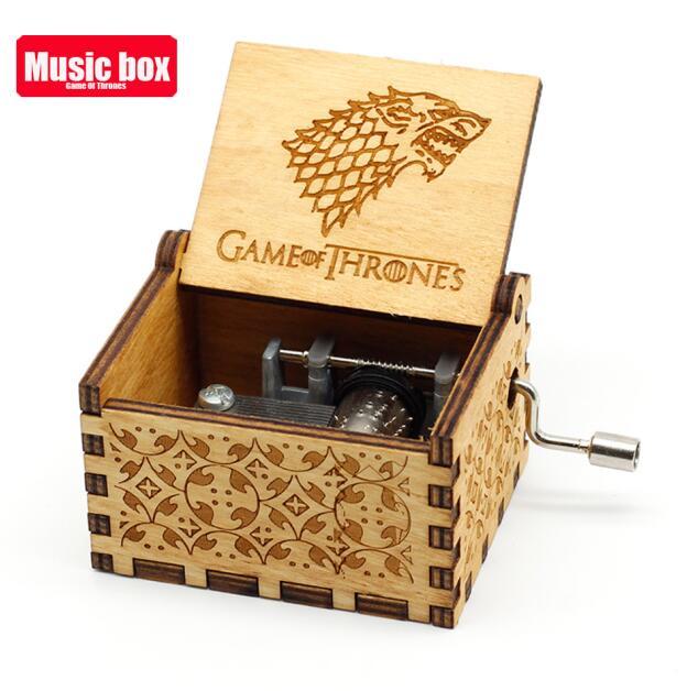Старинная резная музыкальная шкатулка королева Кривошип Сейлор Мун деревянная музыкальная шкатулка Рождественский подарок на день рождения вечерние украшения - Цвет: Game of Throne A