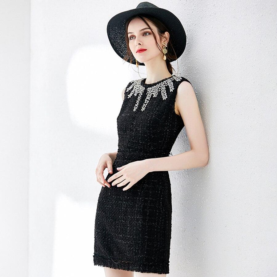 Kadın Giyim'ten Elbiseler'de VERDEJULIAY Lüks Boncuklu Elbiseler 2019 Yaz Moda Kolsuz Kristal Vintage Örme Mini Ince Siyah Elbise Kadınlar için'da  Grup 3