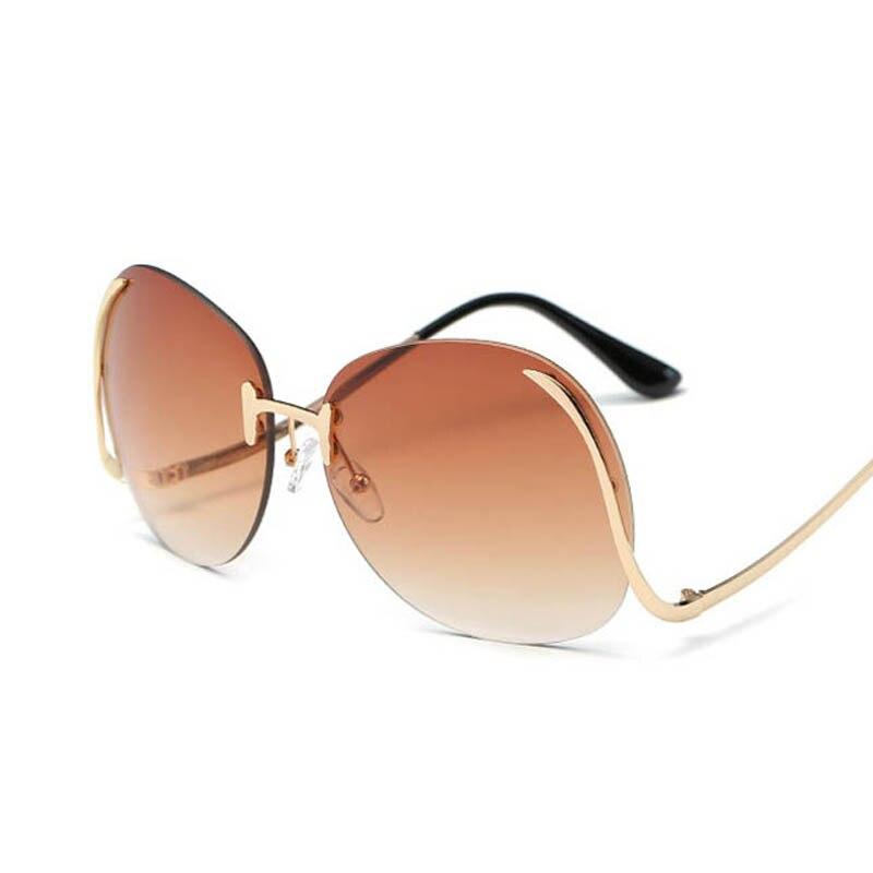 2017 Rimless Sunglasses Retro Wanita Antik Klasik Kebesaran Kacamata Optik  Bingkai Logam Emas Besar Gradien perempuan Kacamata 847ebcf420