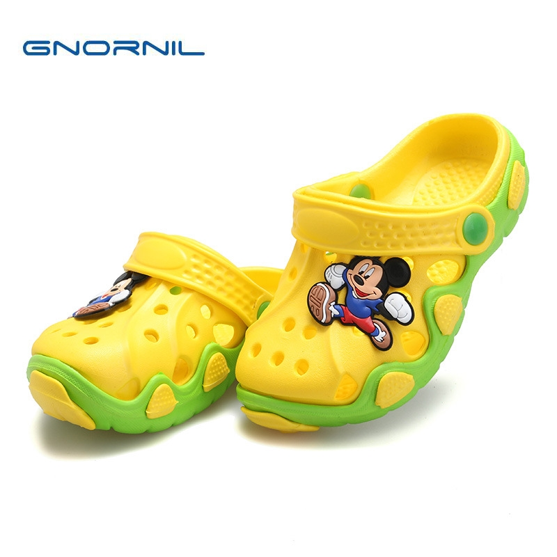 Sommar Barnskor Flickor Boys Tofflor Söt Cartoon Bekväm Mode Barn Tofflor Anti-Slip Girls Tofflor Beach Shoes