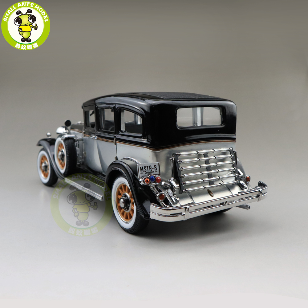Image 2 - 1/18 AUTO WORLD 1931 PEERLESS MASTER 8 SEDAN Diecast Model Car Toys Boys Girls Gift-in Diecasts & Toy Vehicles from Toys & Hobbies