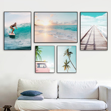 Surf fille pont mer plage paysage mur Art toile peinture nordique affiches et impressions photos murales pour salon décor