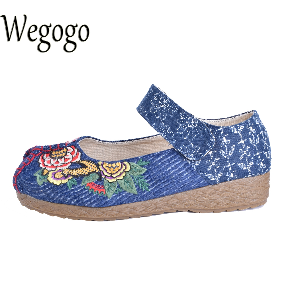 Wegogo Women Cotton Shoes Vintage Flower Embroidered Flats Fashion Round Toe Casual Loafers Shoes Moccasins Lady Driving Shoes wegogo vintage women shoes flats mary jane flats casual shoes chinese embroidered cloth woman ballerina shoes plus size 41