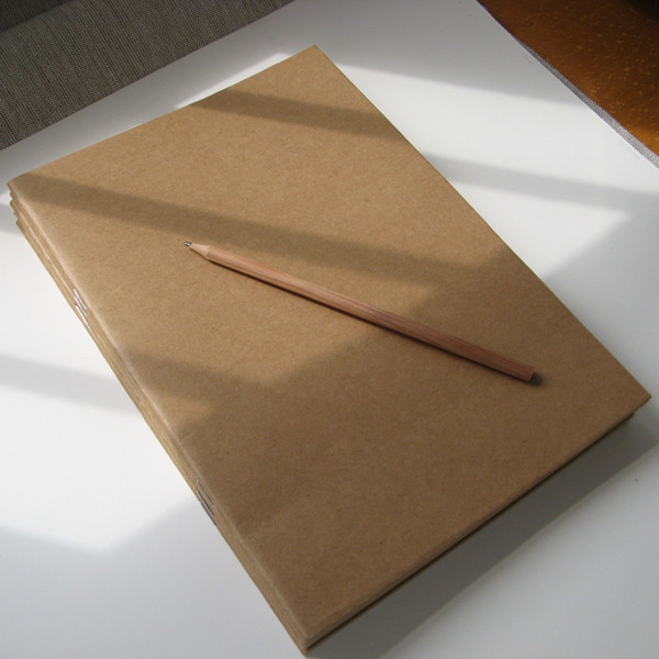 Free Shipment DIY paste the kraft paper clip hand-painted graffiti retro blank notebook 266mm*188mm*5mm 30 pages