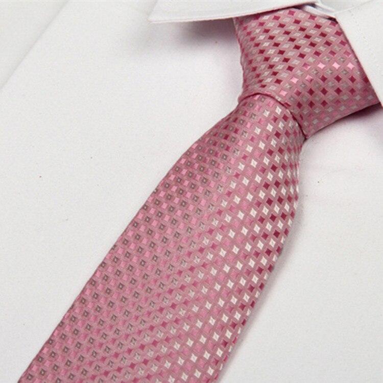 ea16f6ddf Shennaiwei 8 سنتيمتر الوردي دوت ضئيلة الرجال ربطات العنق منقوشة gravatas  masculinas ماركة 2014 الأعمال الجديدة عارضة الأزياء بوتيك lote